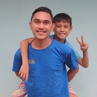 friendly,active,fun and helpful boy aupair