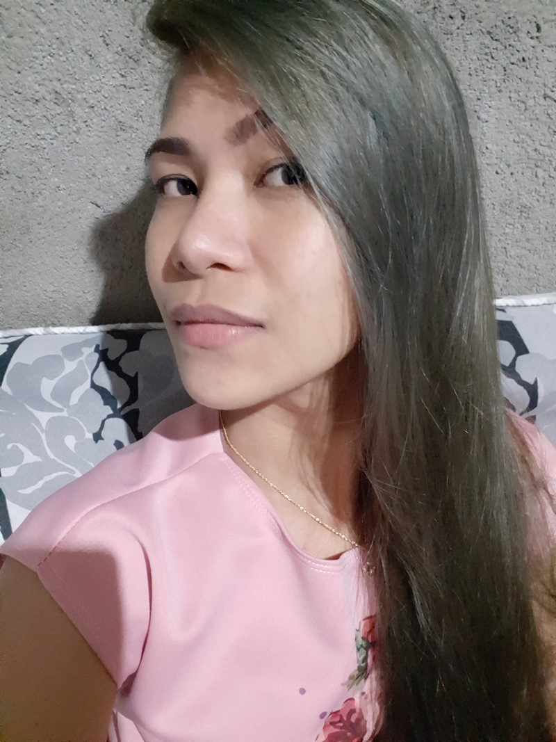 Hi I'm arenjane from philippines. looking for job