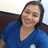 Responsible filipina looking for family