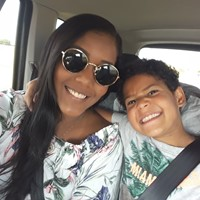 I am a Brazilian girl looking for a job!