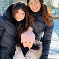 Sweden - Family of two lovely girls - 4&11 years!